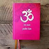 Yoga Kalender 2021: Liebevoll gestalteter YOGA-Buchkalender gebunden im Hardcover mit 2 Lesebändchen, 12 Monate in Tagesansicht, 12,5 x 16,5 x 2,5 cm, ... Tag mit viel Platz für Termine und Notizen