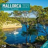 Mallorca 2021, Wandkalender / Broschürenkalender im Hochformat (aufgeklappt 30x60 cm) - Geschenk-Kalender mit Monatskalendarium zum Eintragen